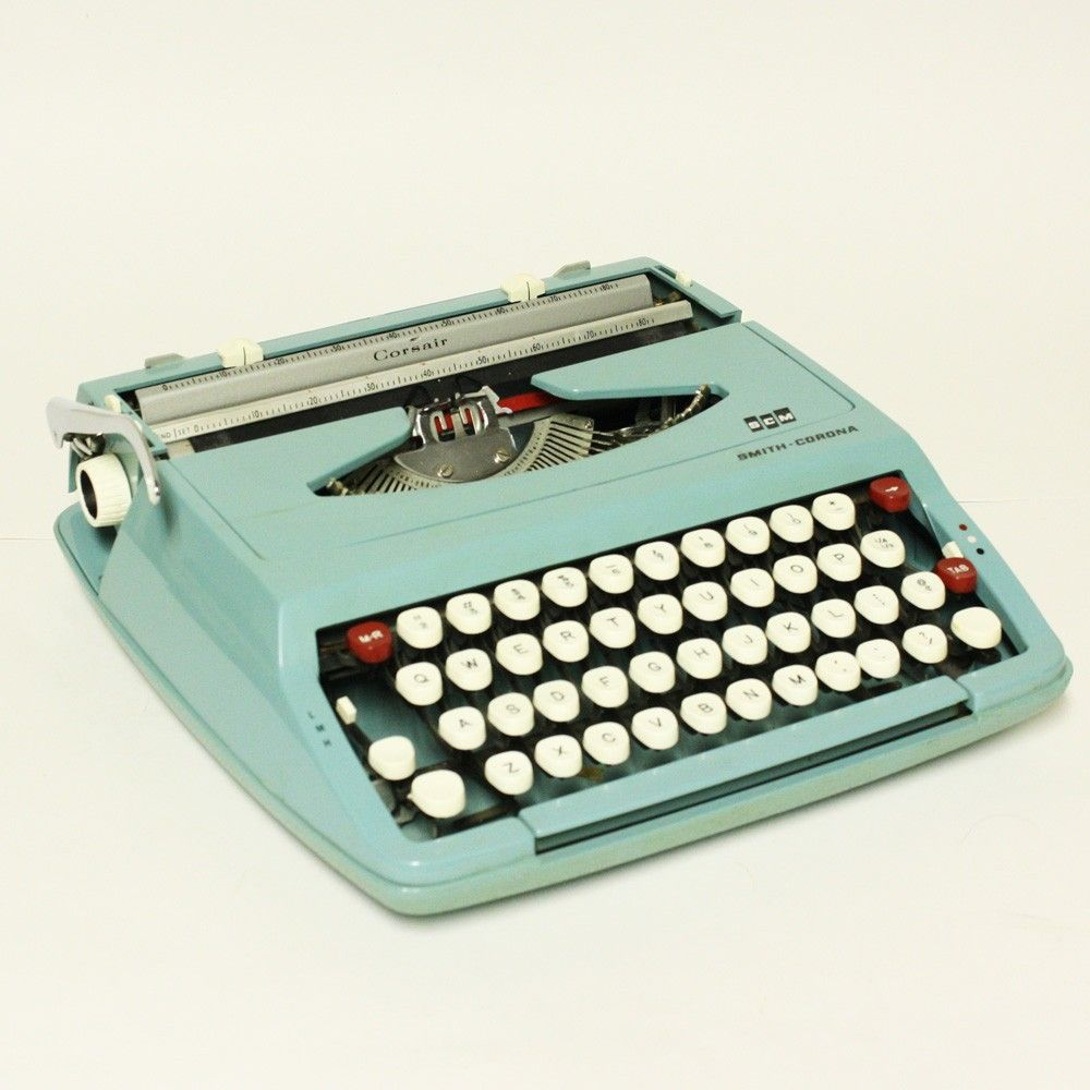 Vintage in a Modern World: Old Typewriters