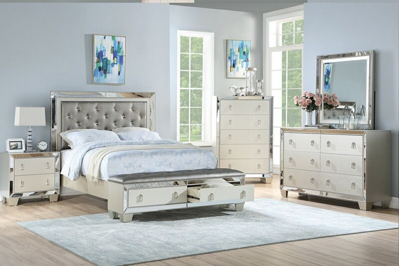 Poundex F9429q 4 Pc Marlinda Silver Finish Wood Faux Leather Queen Bed Set Mirrored Accents Mirrored Bedroom Furniture Silver Bedroom King Bedroom Sets