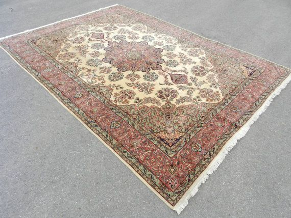 Welcome to Silkroadrugs.  All of my rugs and kilims are 100% handmade VINTAGE Turkish Rugs.I take the pictures with daylight to show the real and