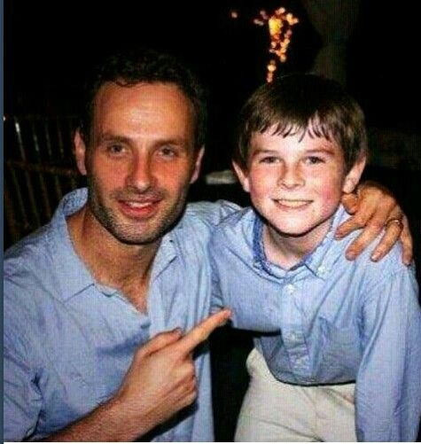 Andrew Lincoln and Chandler Riggs awh Chandler is so little <3