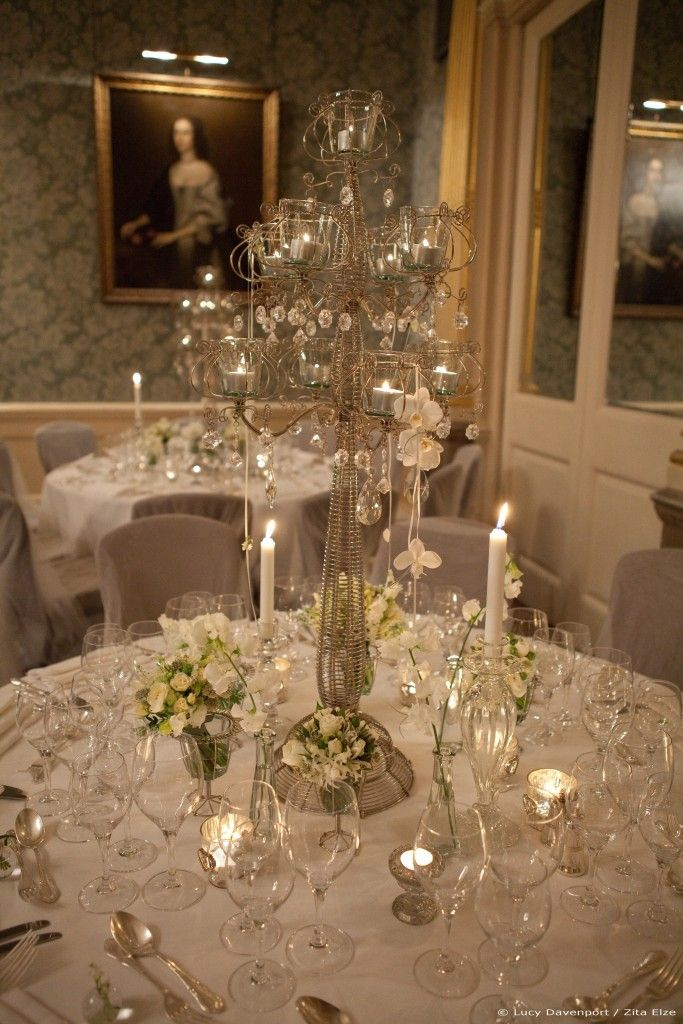 Zita Elze Wedding Flowers At Claridges White Breakfast Table Decorations Photo Lucy