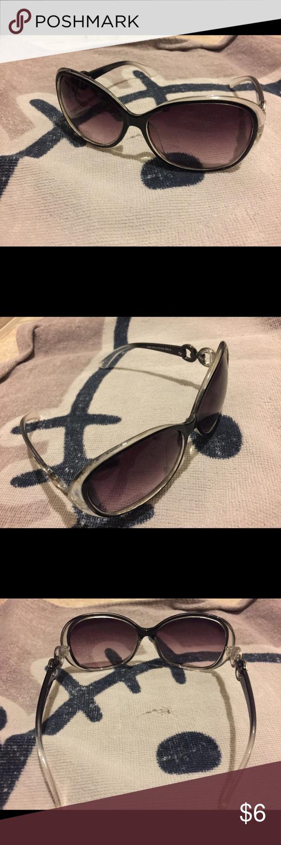 Oversized fashion sunglasses Euc. Accessories Glasses