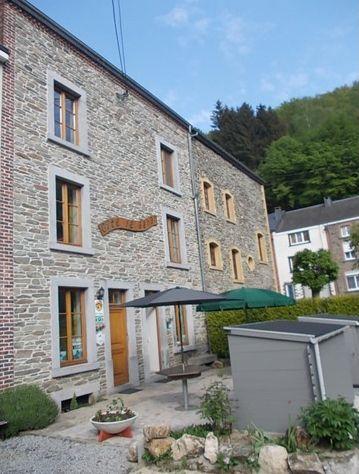 Holiday Cottages La Foret Et Le Refuge In Bohan Vresse Sur Semois Namur Ardennes South Belgium