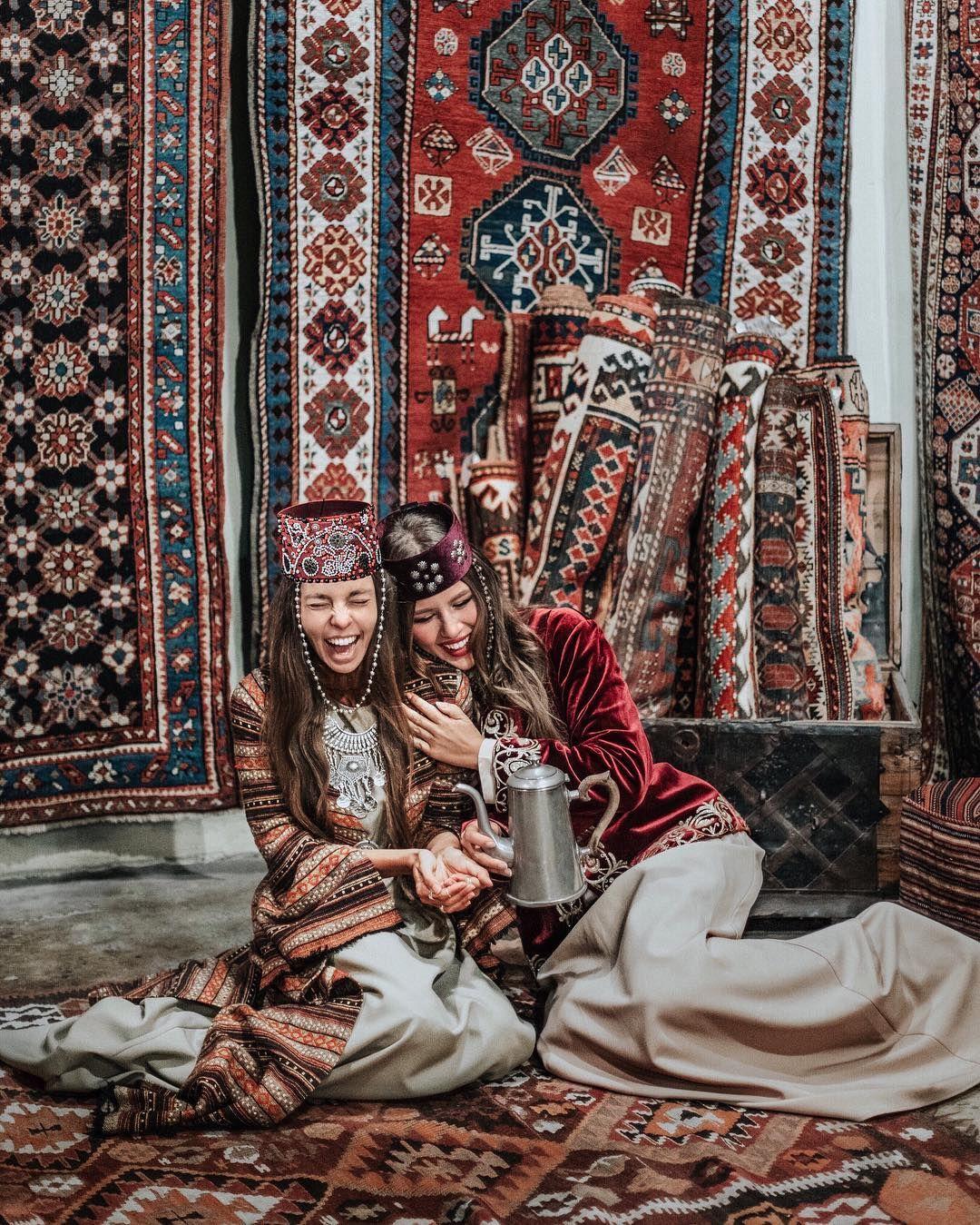 20.7 тыс. отметок «Нравится», 41 комментариев — Полина Бржезинская (@polinabrz) в Instagram: «🇦🇲 Барев, Армения! Совершенно игнорируя здравый смысл, отчаянно нашептывающий, что нужно хотя бы…»