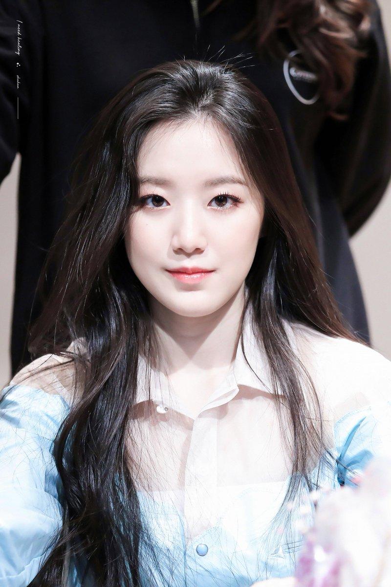 I Need Healing On Twitter In 2021 Kpop Girl Groups Kpop Girls Beauty