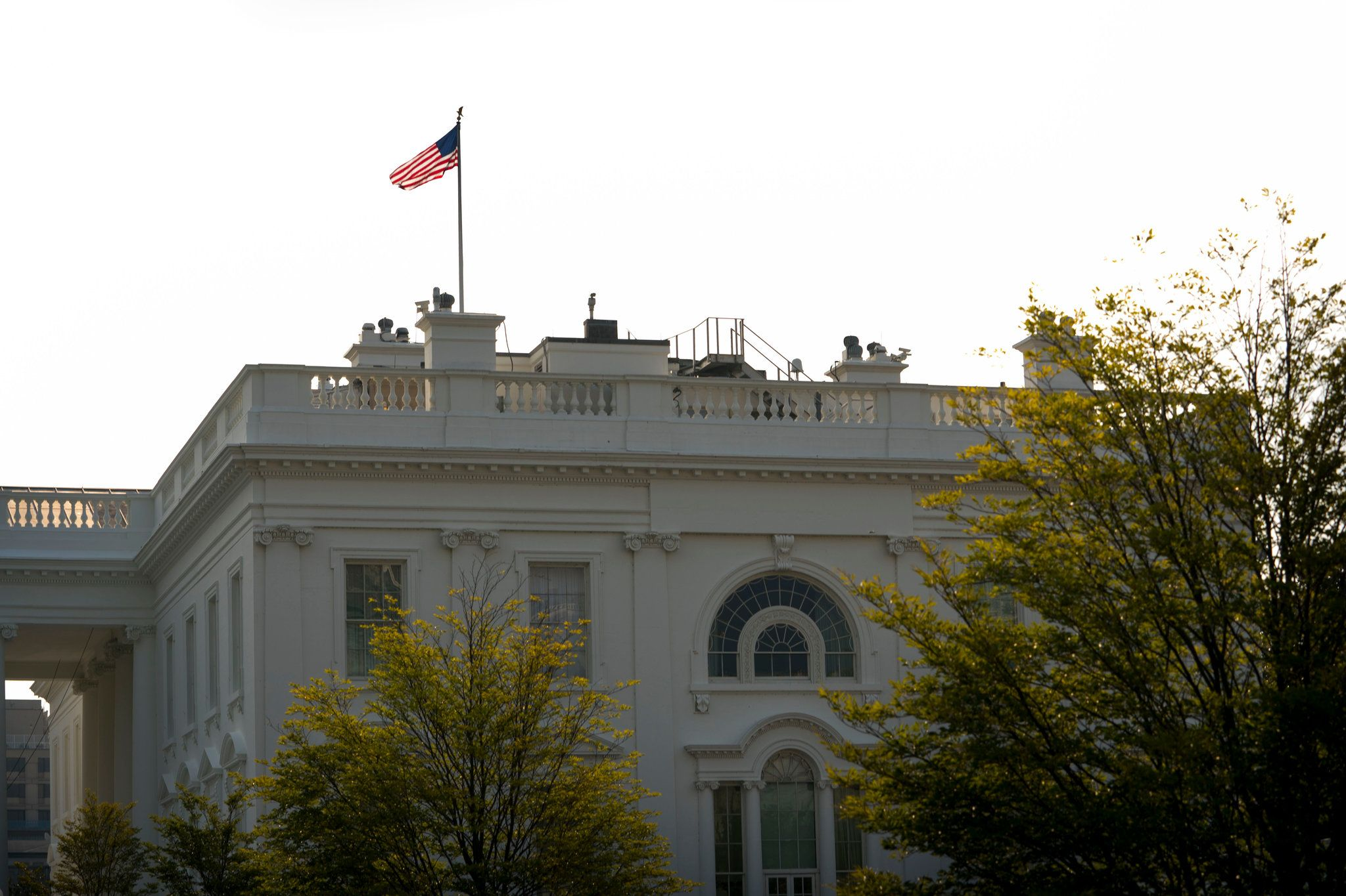 Trump Relents Under Pressure Offering Respect To Mccain House Flags White House House Styles