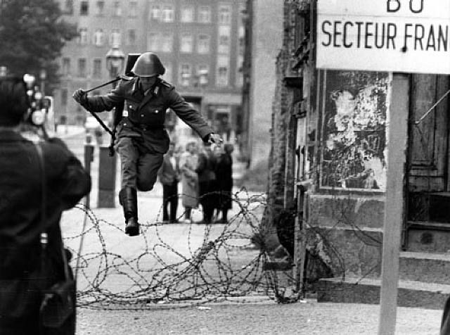 east german soldier escapes