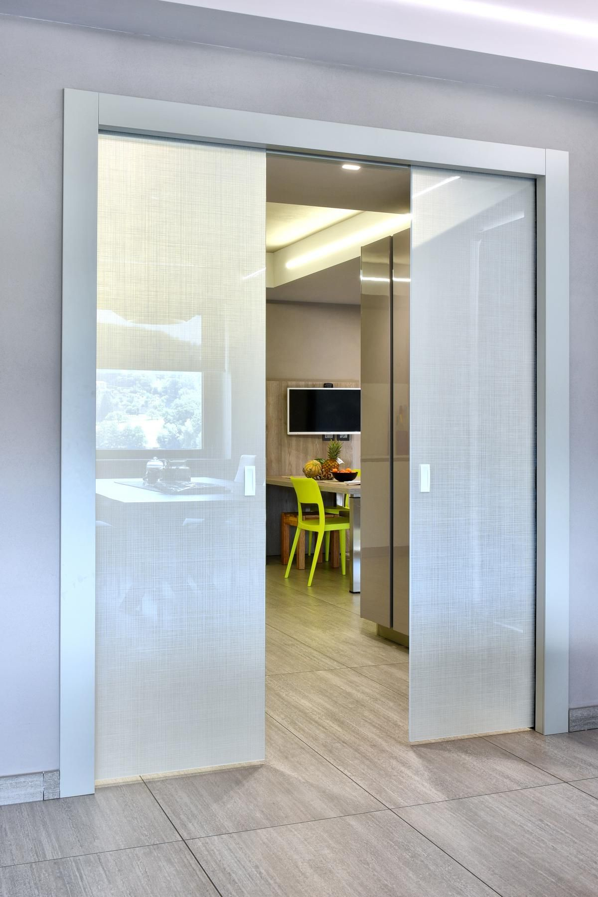 Porte Doppie Scorrevoli Vetro la porta a doppia anta del progetto realizzato da cantonetti