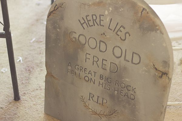 DIY an authentic looking tombstone for Halloween from foam!