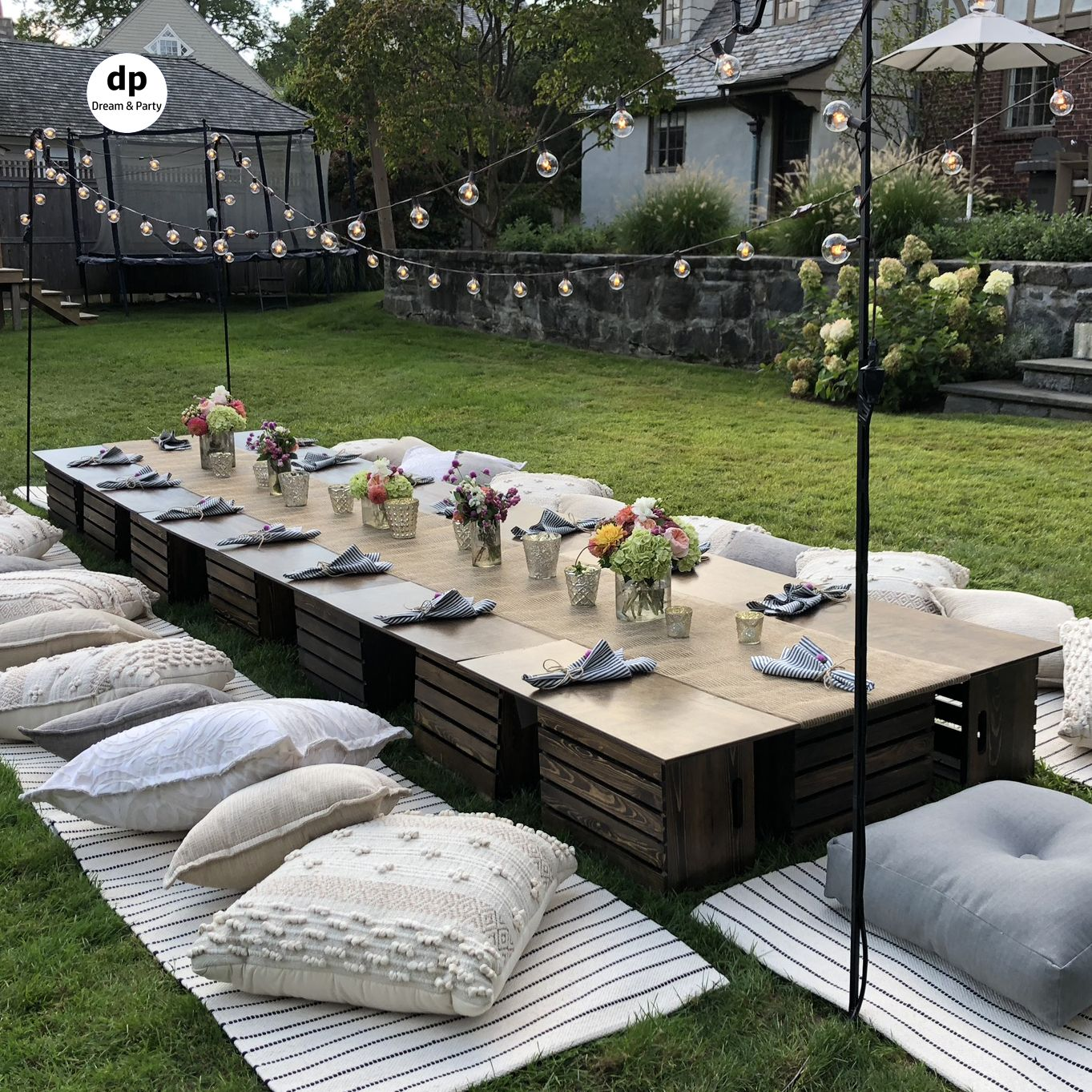 Backyard picnic party. Picnic table setting. Birthday party ideas