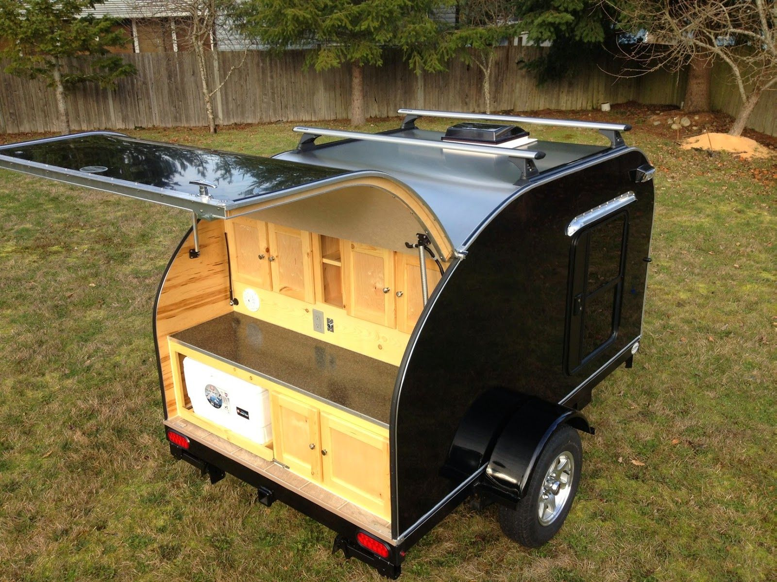 Best 25 Small Camping Trailers Ideas On Pinterest  Small Camper Enchanting Small Camping Trailers With Bathrooms Design Decoration