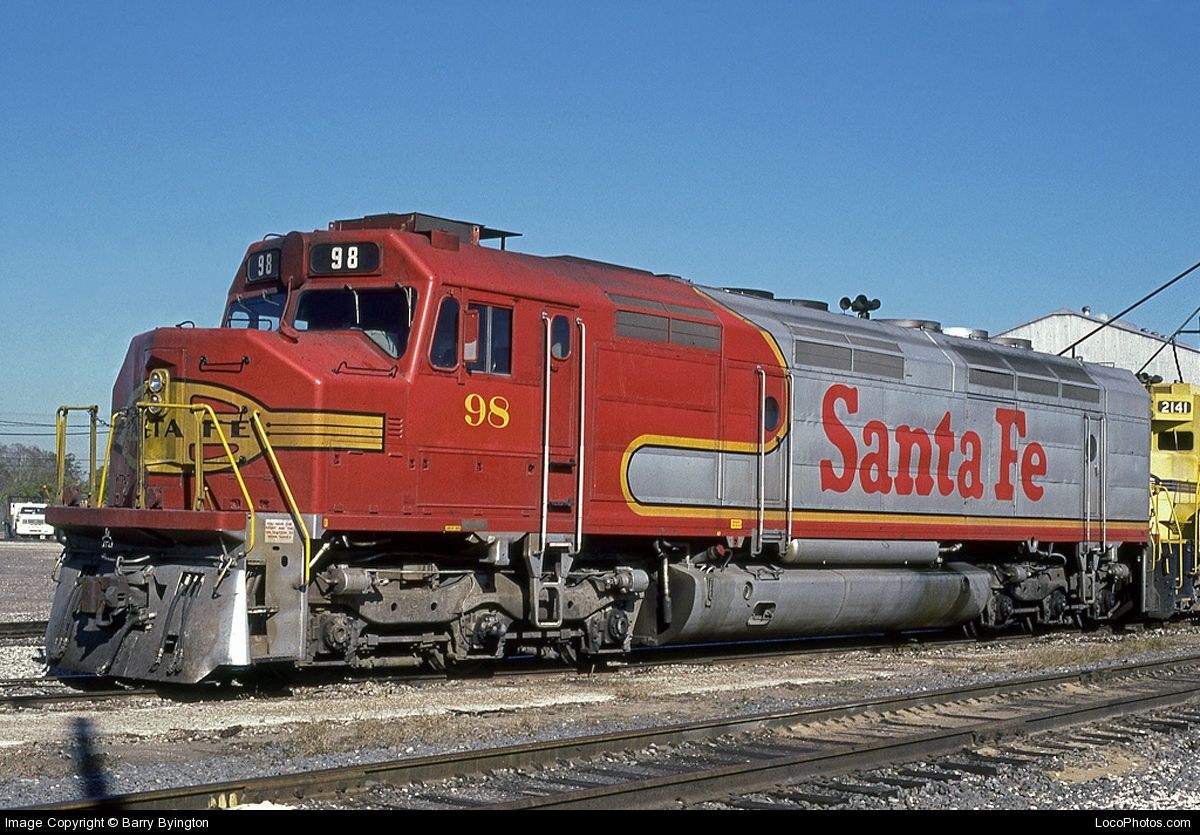 ATSF 98, an EMD FP45, at Houston, TX on 11171990. Photo
