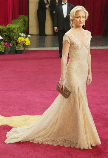 Gold Versace dress, sported by Kate Hudson at the 2003 Academy Awards---yet  another favorite