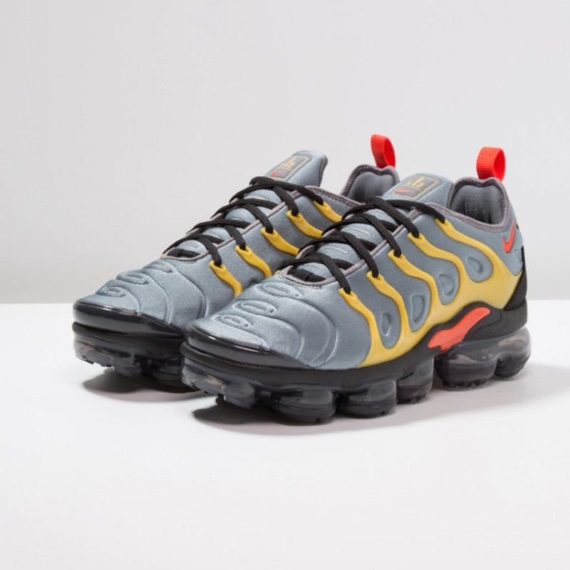 reputable site 68e59 a93e6 NIKE AIR VAPORMAX PLUS  EXCLUSIVE DROP . VaporMax Air Cushioning. 100%  Authentic Nike. COOL GREY   TEAM ORANGE   UNIVERSAL GOLD   ANTHRACITE    BLACK.