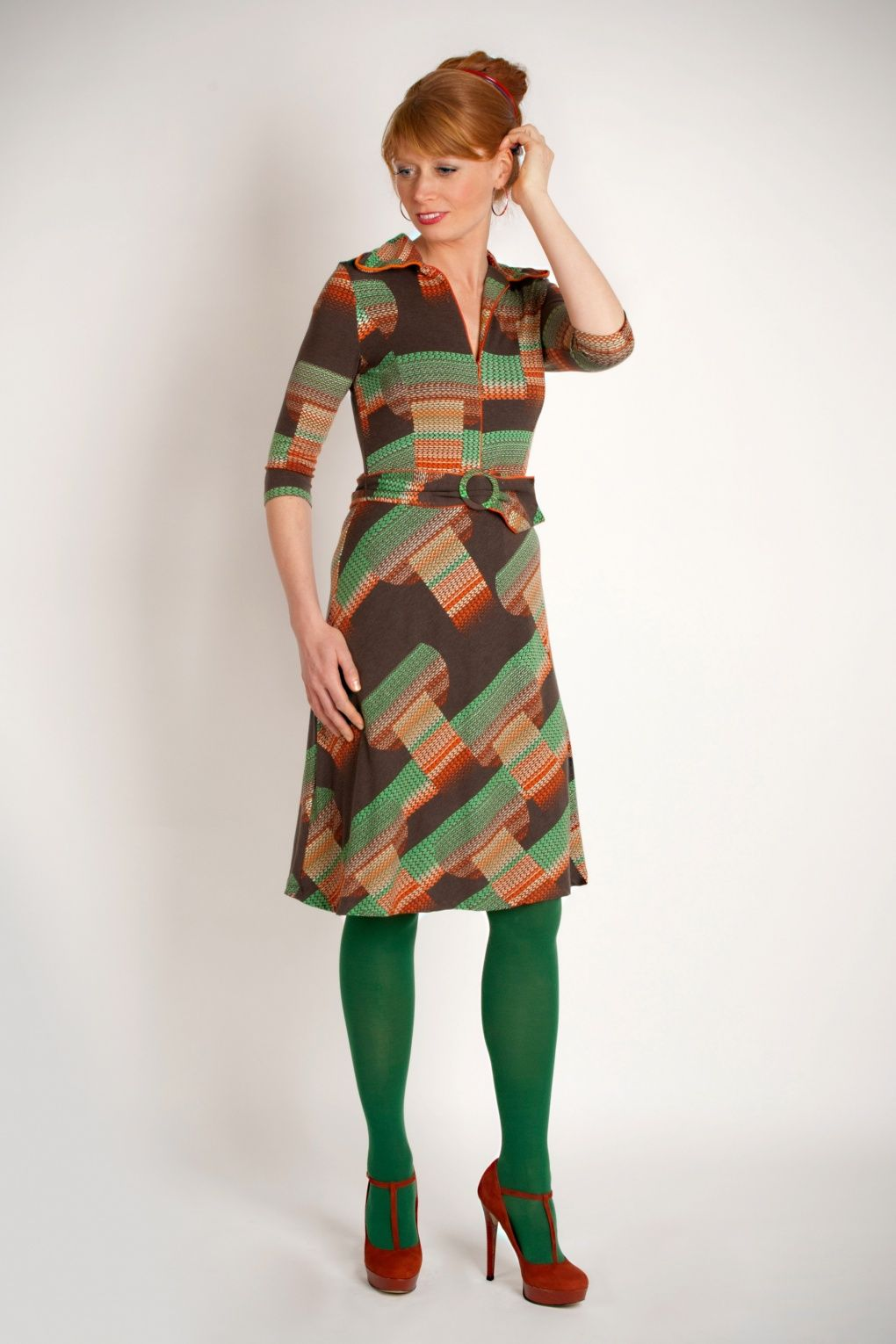 Retro Revolution Where To Find Vintage Clothing In: Wow To Go! 70s Retro A-line Dress In Brown