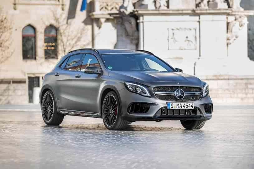 سعر مرسيدس بنز Gla 2019 في الإمارات Mercedes Benz Gla Mercedes Benz Benz