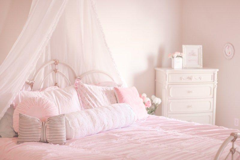 wonderful feminine chic bedroom ideas   5 Must-Haves For A Beautiful & Feminine Bedroom   Feminine ...