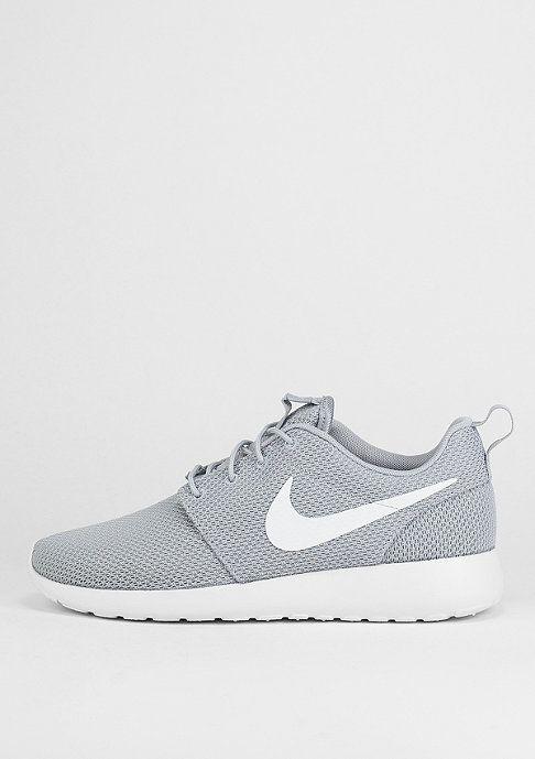 Course Nike Roshe Loup Gris Blanc