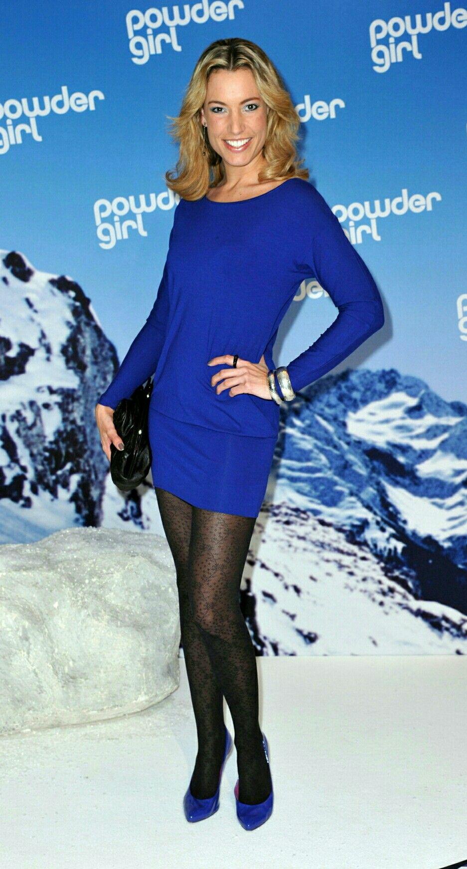 Kim Heinzelmann #fetishpantyhose #pantyhosefetish #legs #heels #blogger #stiletto #pantyhose #collant #black
