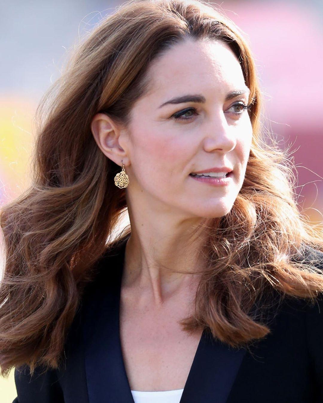Pin By Rebecka Tuveheim On Royal Trip To Pakistan Duchess Catherine Catherine Middleton Duchess Kate