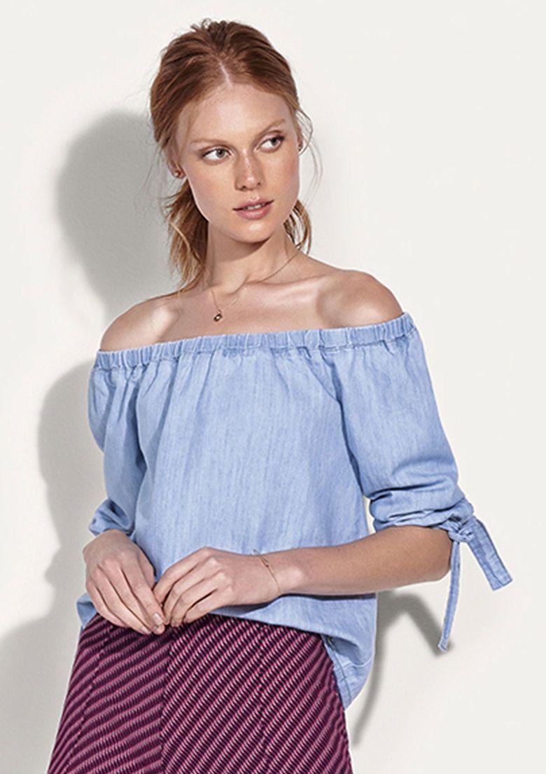 70ab8c315 Blusa feminina jeans ombro a ombro com amarração na Hering ...