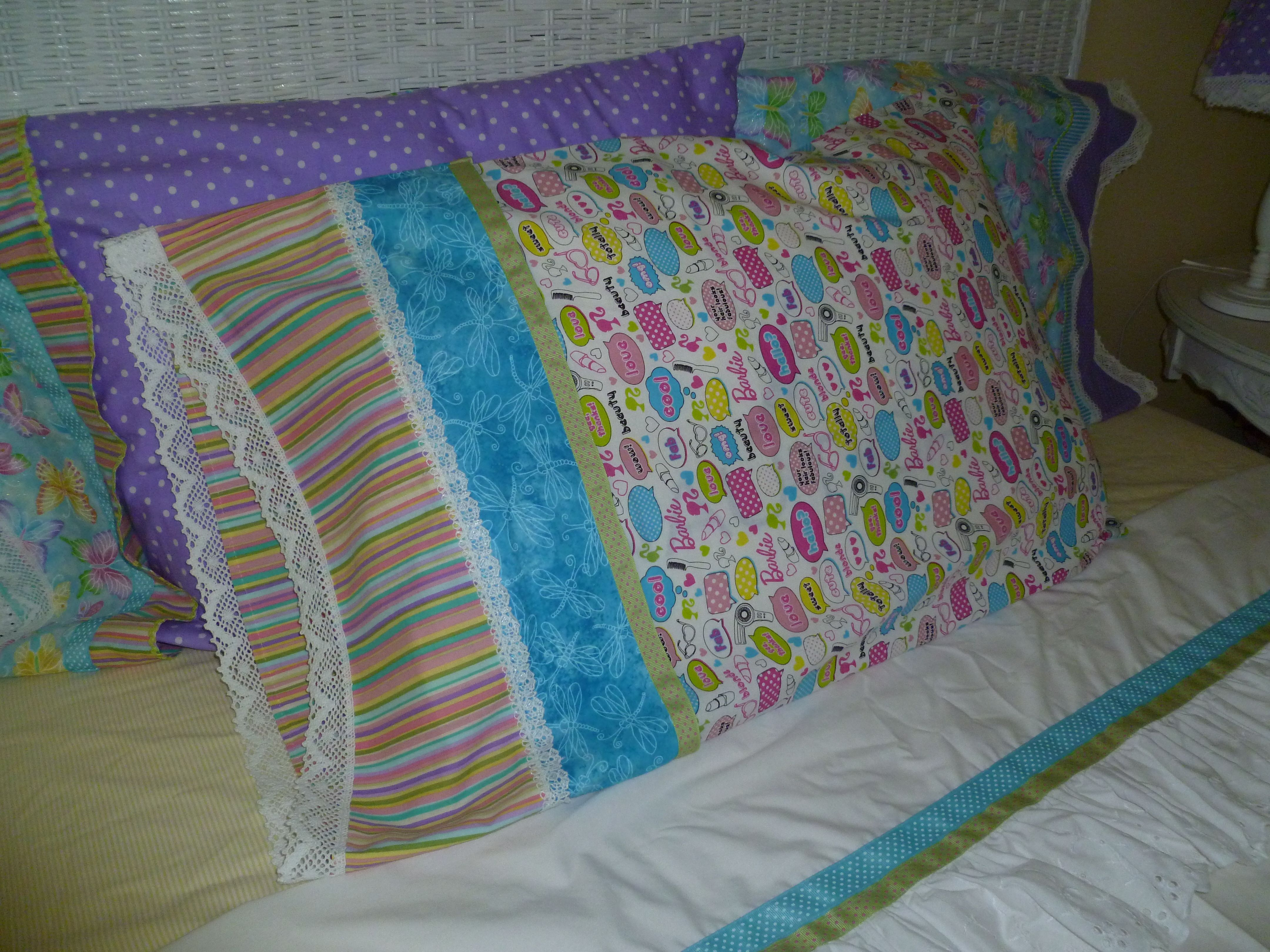 Thanks to The Crafty Gemini on youtube.com for great pillowcase instructions. & Thanks to The Crafty Gemini on youtube.com for great pillowcase ... pillowsntoast.com