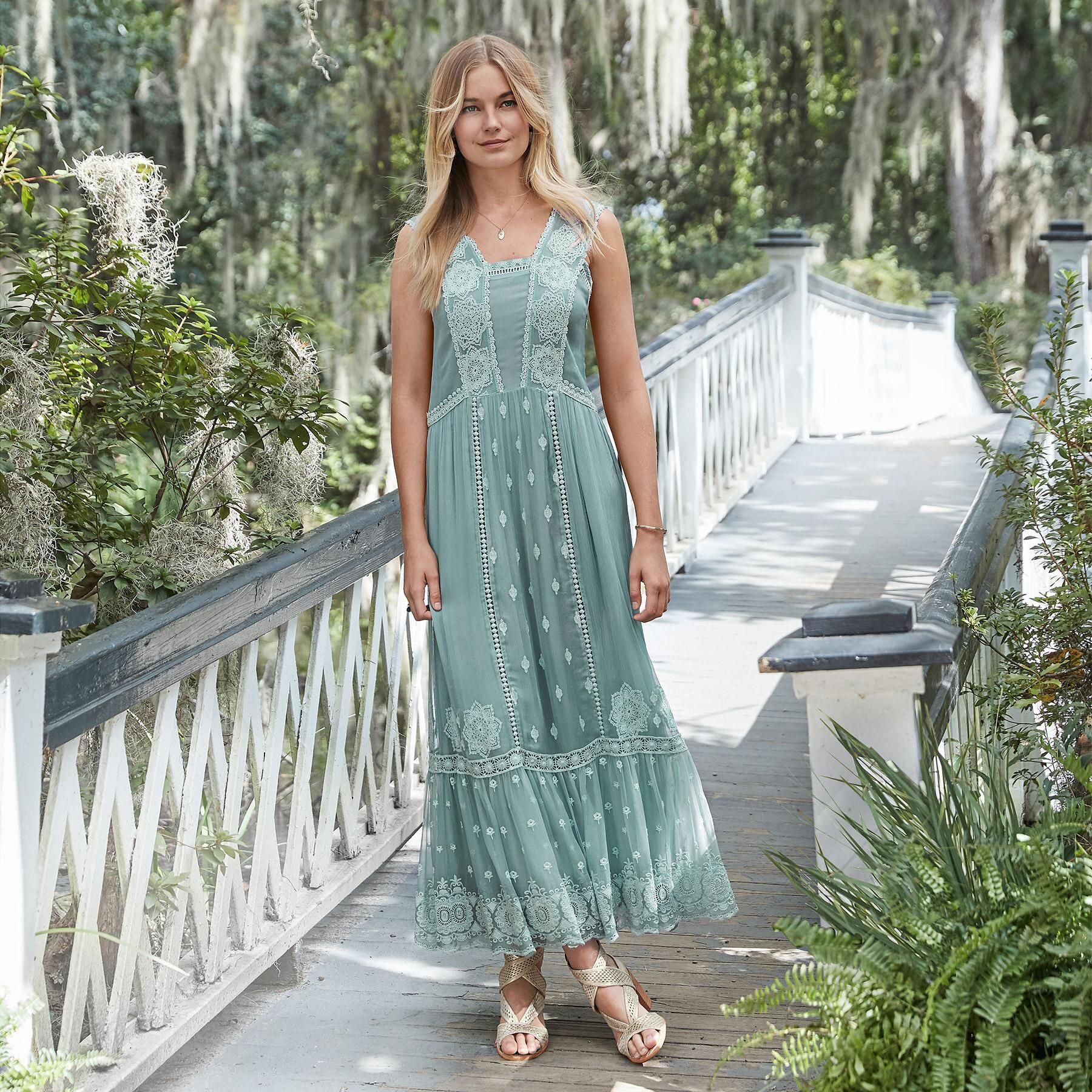 Ethereal Moments Maxi Picked From Sundance Our Full Sweep Cupro Crinkle Chiffon Easy Fit Maxi Dress Has In 2020 Maxi Dress Fitted Maxi Dress Fashion Tips For Women