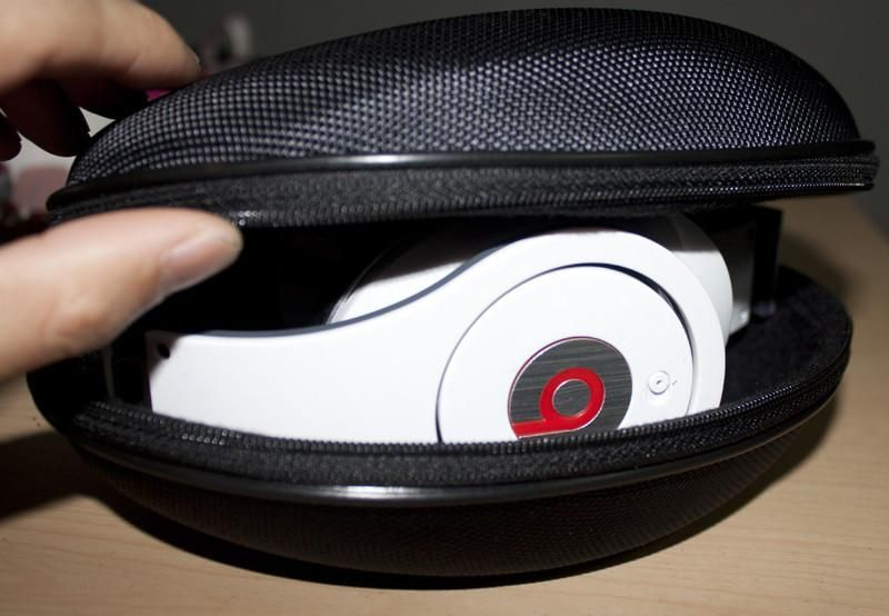 6514e595a91 Limited Time FREE SHIPPING - ON BEATS CASES Just Use Coupon Code ->  FreeShipping - Excellent Hard Headphone Case with Soft Lining to keep your  Headphones ...
