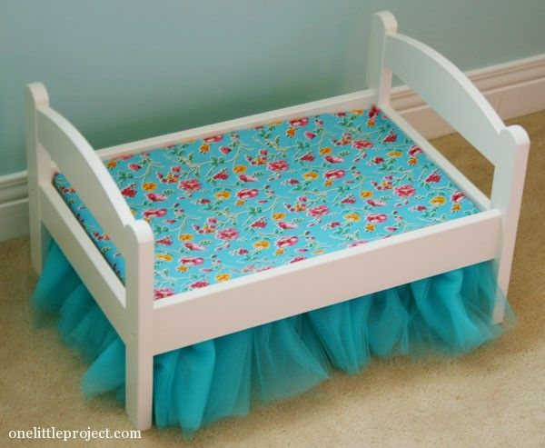how to make a tulle bedskirt for an ikea duktig doll 39 s bed american girl doll crafts. Black Bedroom Furniture Sets. Home Design Ideas