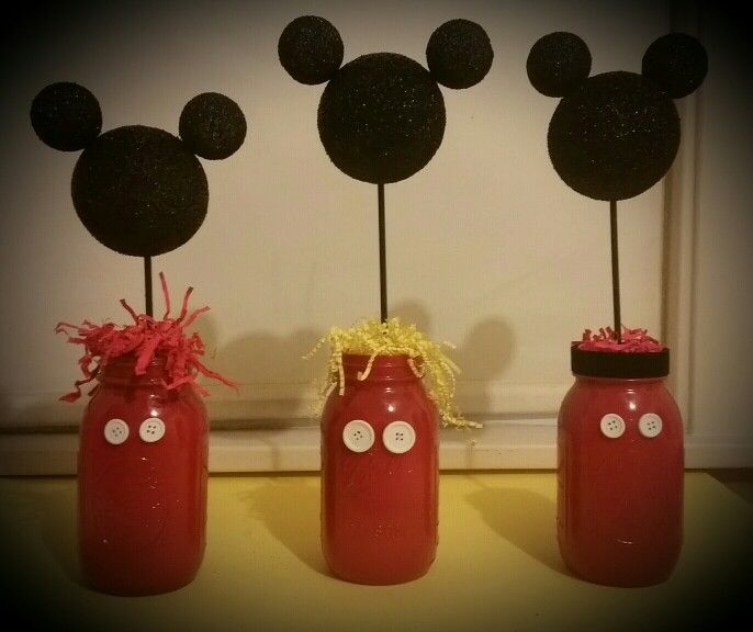 mickey mouse party decorations,mickey mouse birthday centerpiece,glitter mason jars,red yellow and black decorations,Mickey Jars.set of 3