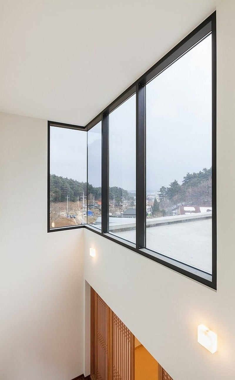 Interior : Fascinating Corner Window Modern Countryside Residence Interior  Details ~ nickhomedesign