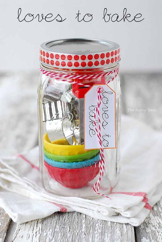 Loves To Bake Gift In A Jar For The People Your Life Who Love Baking Masonjar Sponsored