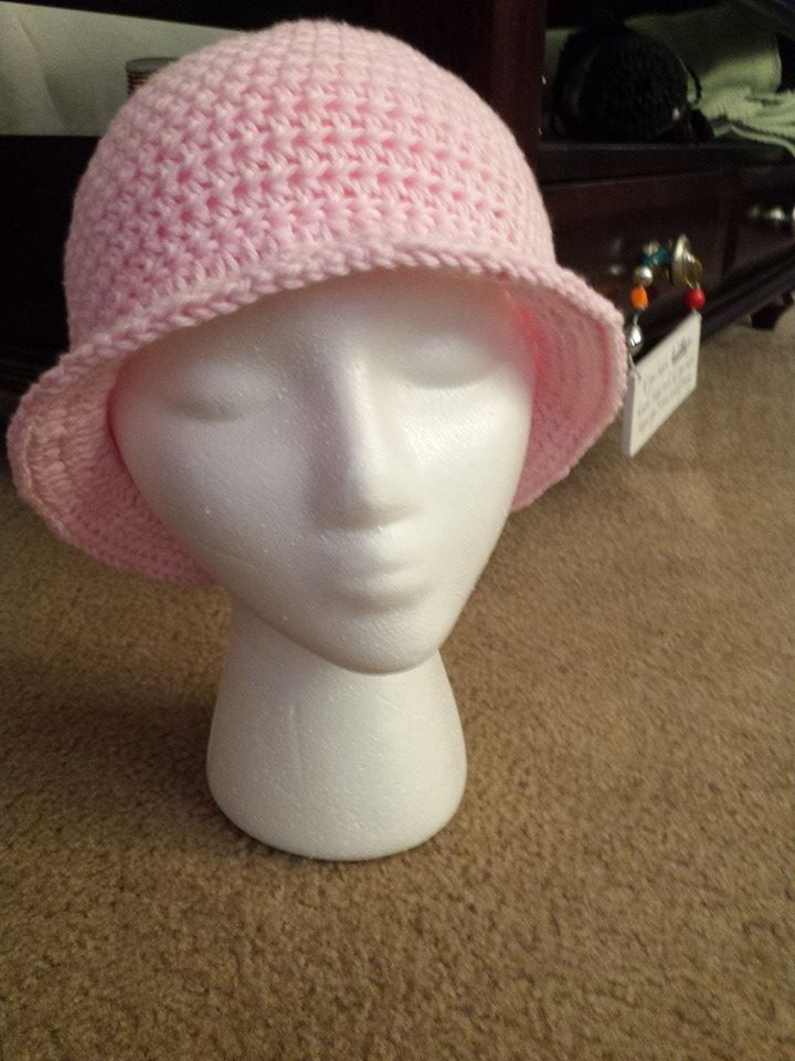 crochet Pink hat with brim - for cancer patients | Crochet projects ...