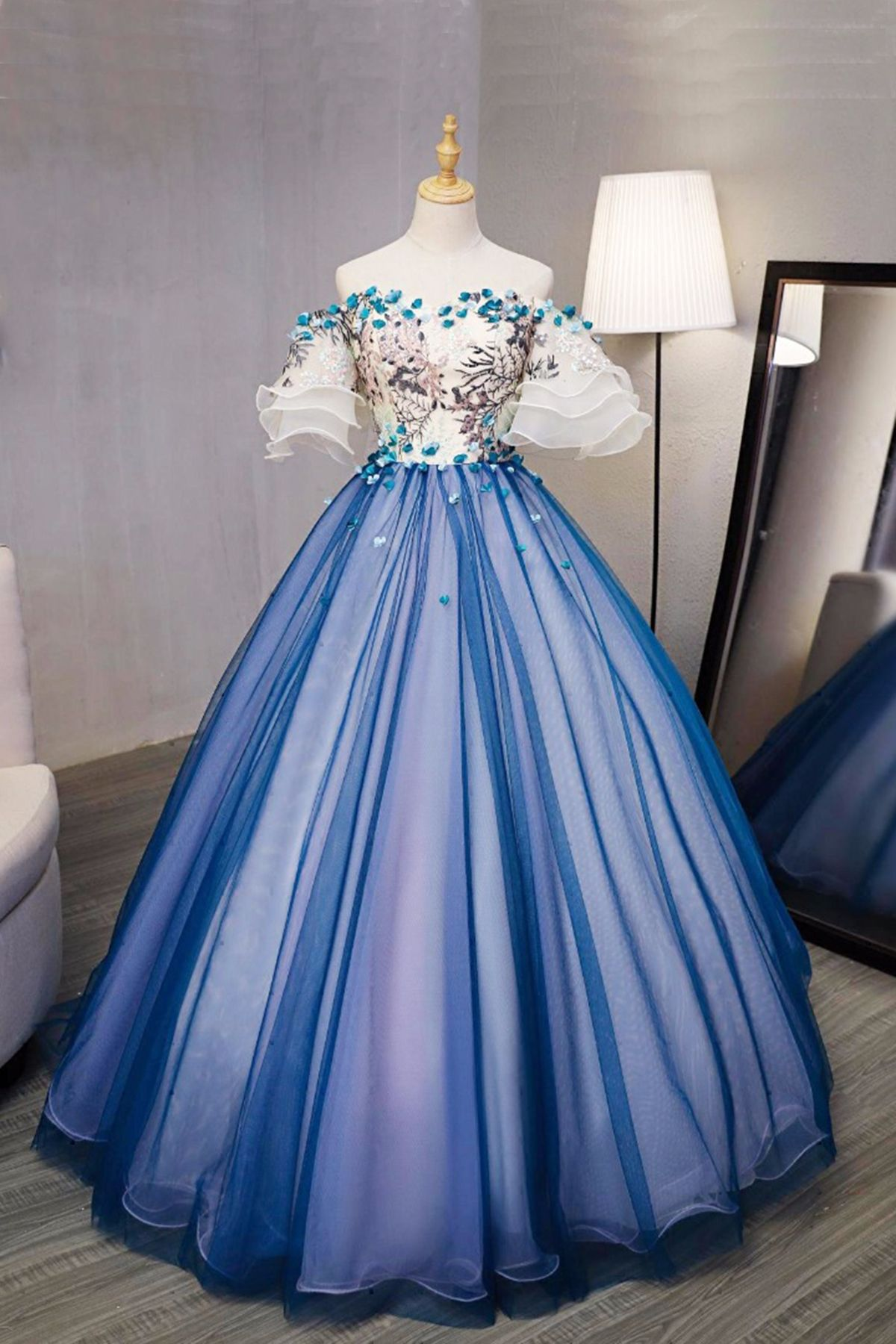 New design blue tulle swetheart long prom gown short sleeves d