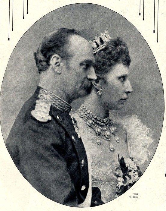 King Frederik VIII of Denmark and consort, Queen Lovisa. Early 1900s |  Denmark royal family, Danish royal family, European royalty
