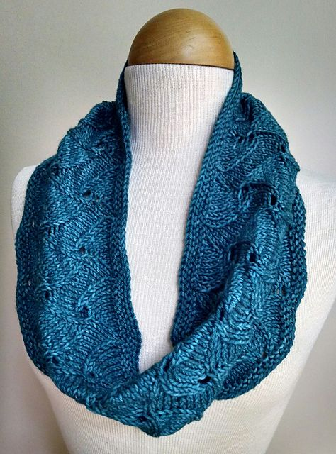 Making Waves Cowl pattern by Willa Schrlau | Knit in the ...