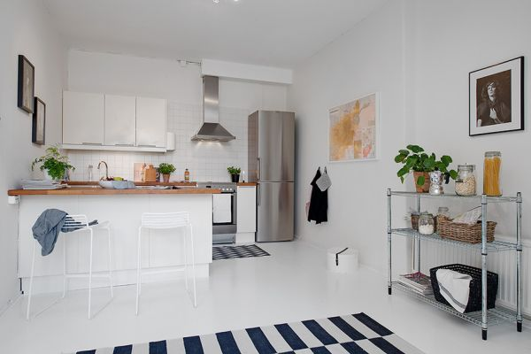 small one-room apartment showcasing an ingenious layout | apartments