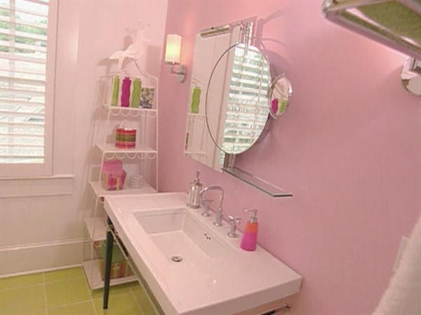 Pink Bathrooms Light Pink Bathroom Decorating Ideas For Teenagers 300x224 Light Pink
