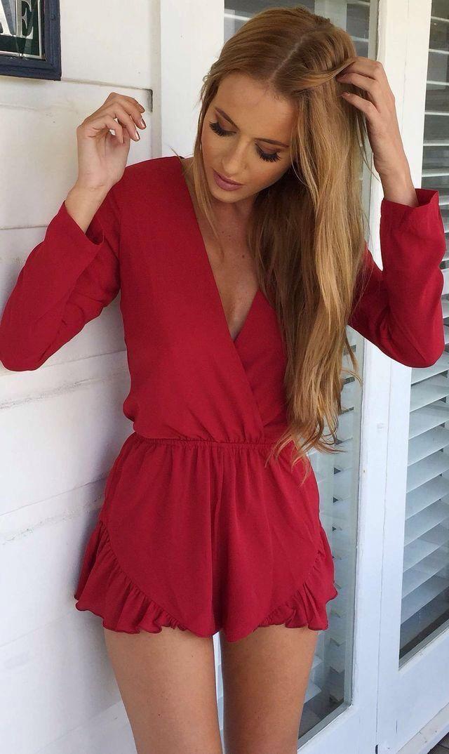 dec03791fa Cute red romper   Fashionista in 2019   Red romper, Fashion, Rompers