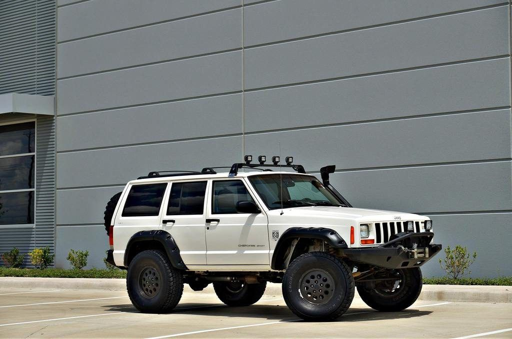 1999 Jeep Cherokee Sport 4×4 XJ! XRC Bumpers! 102k miles