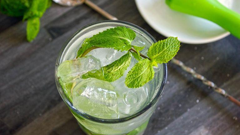 Mojito Cocktail Cocktail Con Rum Bianco Menta Lime E Zucchero Ricetta Mojito Ricetta Mojito Mojito Ricette