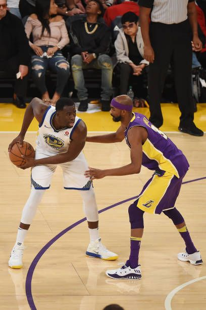 Draymond Green Of The Golden State Warriors Handles The Ball Against The Los Angeles Lakers On Nov Golden State Warriors Pictures Golden State Warriors Warrior