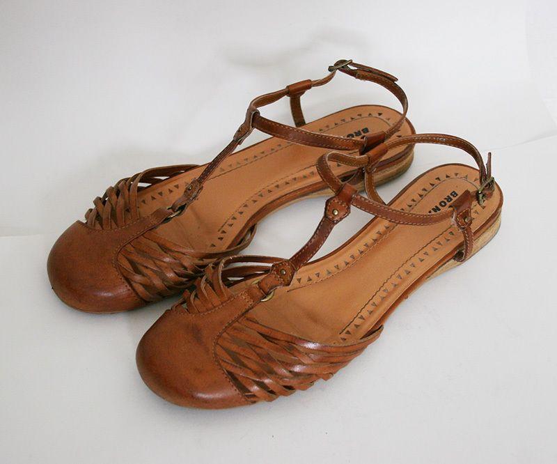 Bronx Sandalen Schuhe Flechtschuhe geflochten Leder cognac