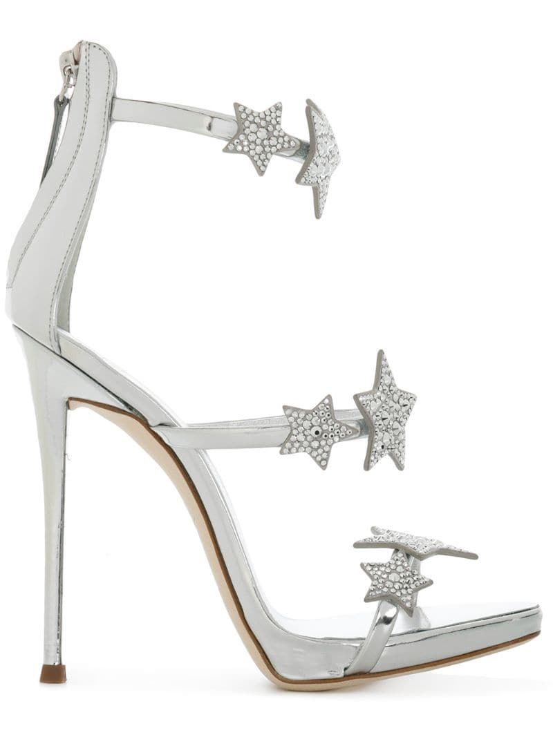 Giuseppe Zanotti Harmony Star Sandals 110 635 Liked On Polyvore Featuring Shoes Sandals Leather Str Fashion Shoes Sandals Toe Loop Sandals Fashion Shoes