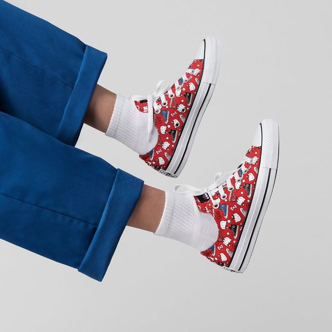 new styles 3fea6 e2e7b Converse x Hello Kitty Adult Chuck Taylor Low  Red