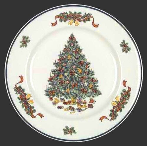 Johnson Brothers Victorian Christmas Tree  Dinner Plate with Cup and Saucer Set