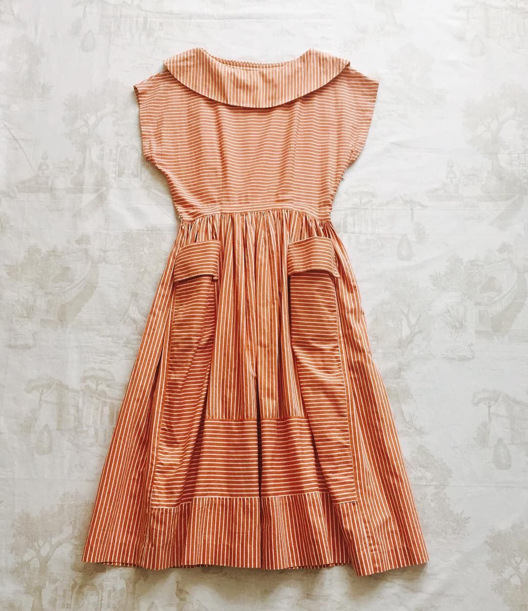 1950s-60s TerracottaWhite Stripe Dress #fab.#vintage#vintagefashion #vintageshop #1950sfashion #1960sfashion #1950sdress #1960sdress #ヴィンテージ#ヴィンテージドレス