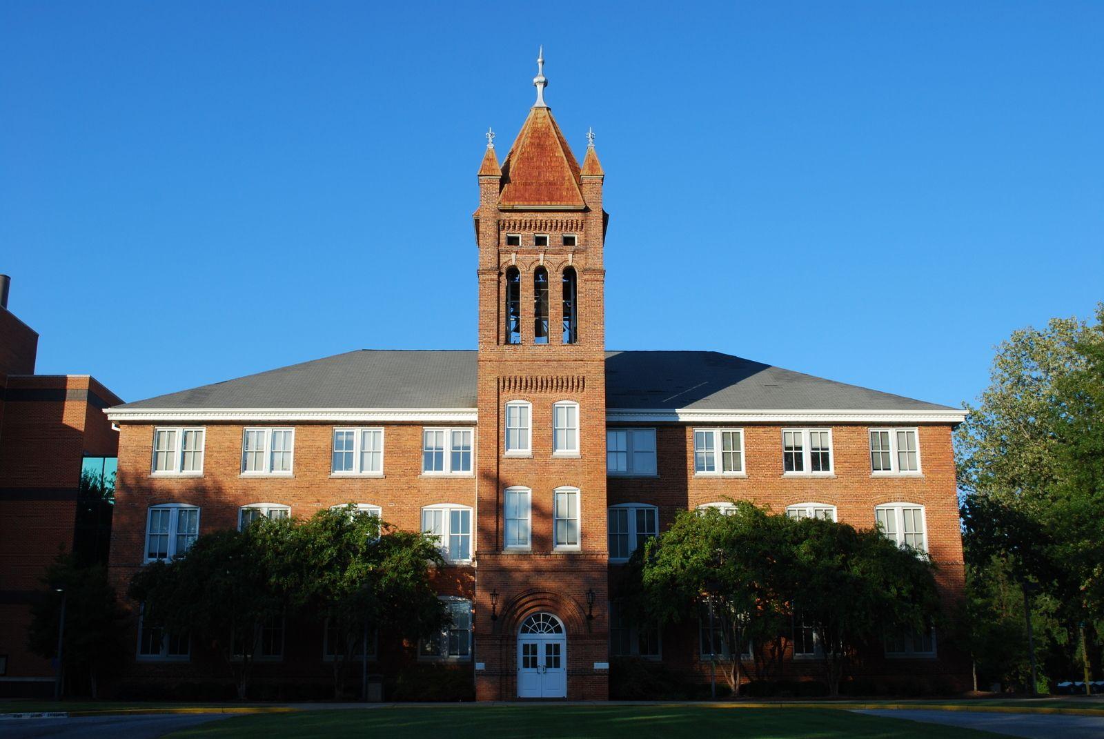 Town And Country Greenwood Sc >> Old Main Lander University Greenwood Sc Favorite