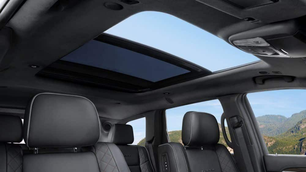 2019 Jeep Grand Cherokee Overview Gallery 4 Summit Sunroof Jeep
