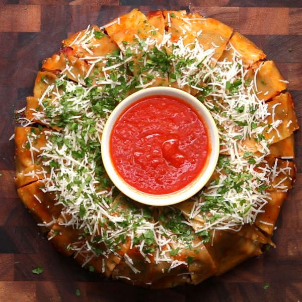 9 Mind Blowing Party Food Rings: Southwestern Omelette